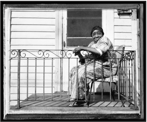 665 New Orleans Elder on Porch