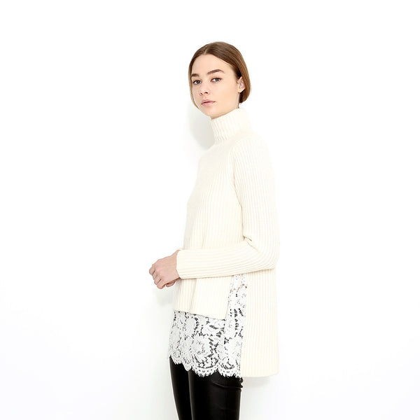 "<i id=""HT"">07</i> Shaker Stitch Cashmere Sweater with Lace Inset"