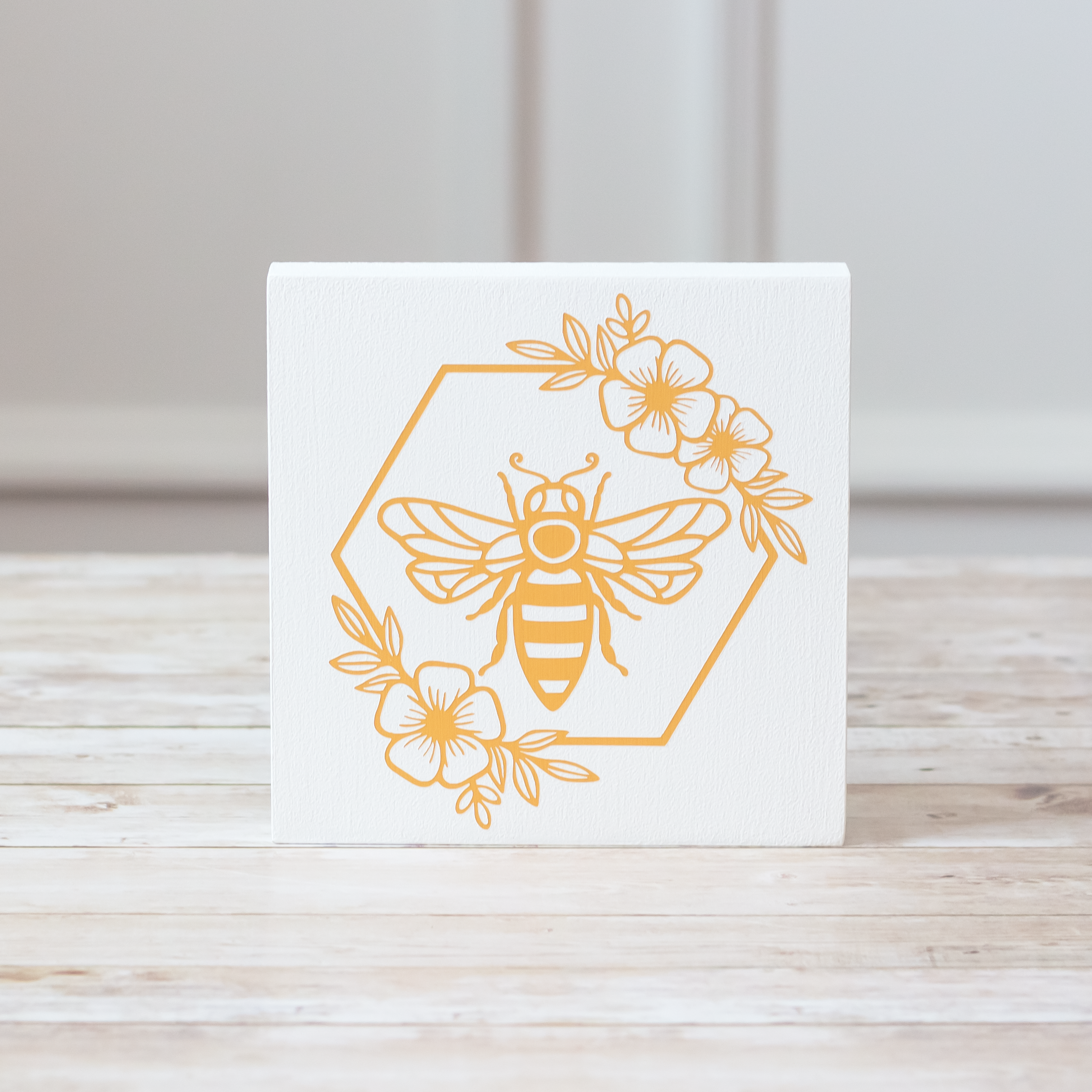 Floral Bee Could Tray