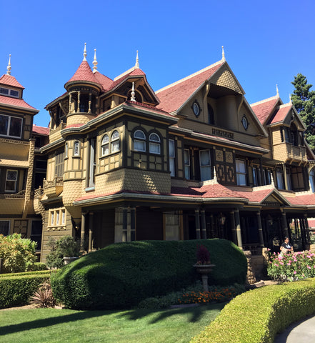 Winchester Mystery House, Exterior
