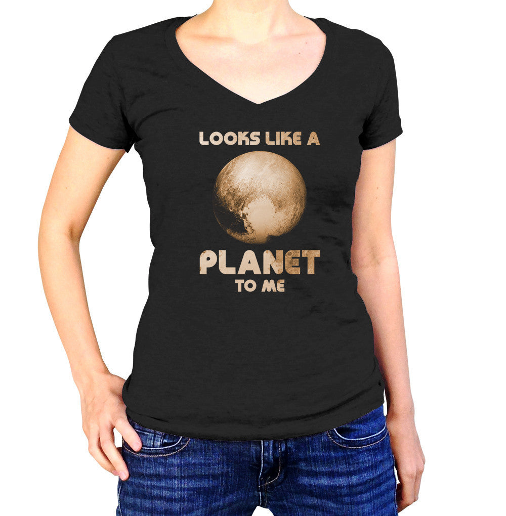 Women's Pluto Looks Like a Planet to Me Vneck T-Shirt