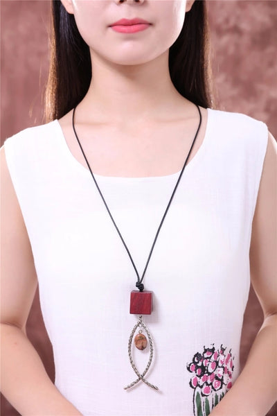 Long Necklace: Dangle Fish Long Necklace - Red