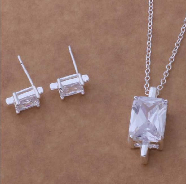 "Necklace: ""Sweet & Simple"" Rectangular Solitaire Pendant Necklace"