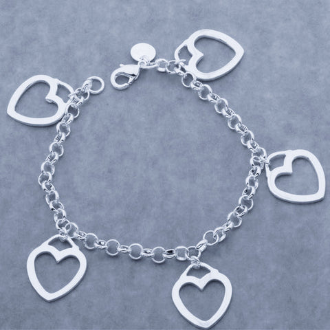 "Bracelet: ""True Love"" Dangle Heart Bracelet"