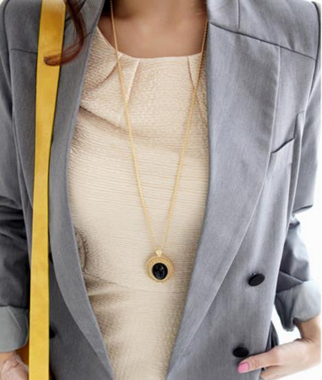 Long Necklace: Oval Gold Tone Retro Style Long Necklace