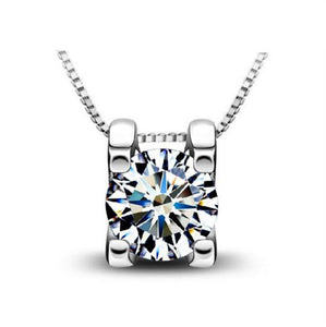 Necklace: Solitaire Slider Style Pendant Necklace