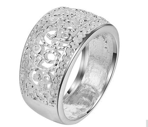 Ring: Thick Intricately Detailed Statement Ring