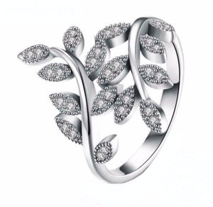 925 Sterling Silver: Ring - Statement Leaf Ring