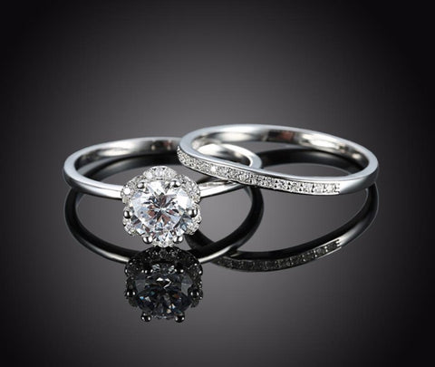 "925 Sterling Silver: Ring Set - Stunning ""Circle of Love"" 2-Piece Set"