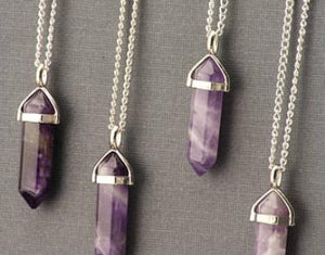Necklace: Natural Stone Amethyst Pendant Necklace