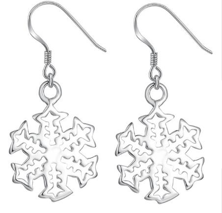 Earrings: Snowflake Dangle Earrings