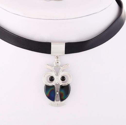 Jewellery Set: Mood Jewellery - Changes Colour from YOUR Temperature - Owl Bracelet and Choker Pendant Necklace
