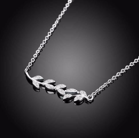 925 Sterling Silver: Necklace - Luscious Leaf Connected Style Necklace