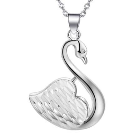 Necklace: Swan Pendant Necklace