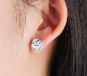 925 Sterling Silver: Stud Earrings - Halo Square