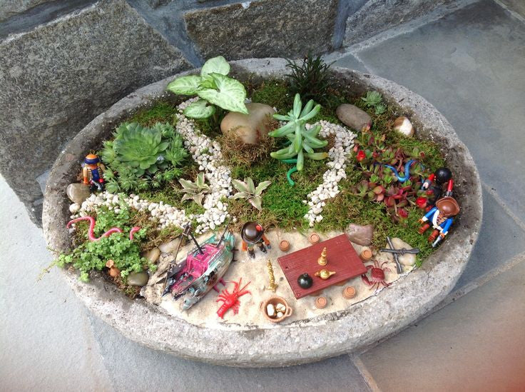 Build a Child-Friendly Miniature Garden