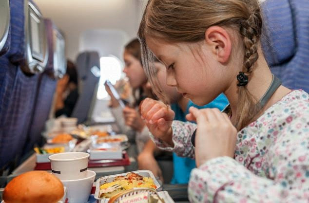 10 Plane-Friendly Travel Snacks for Kids