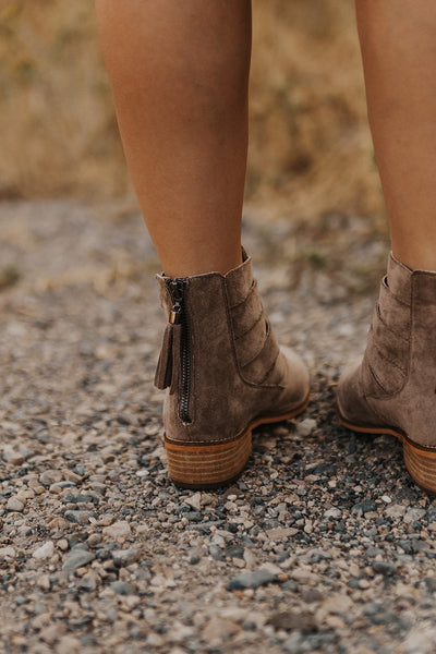 Chloe Suede Boot in Taupe