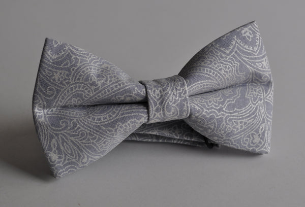 Adult Gray and Silver Paisley Bow Tie Pretied - Dapper Guy Bow Ties - 1