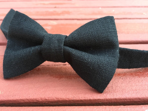 Midnight Linen Bow Tie - Dapper Guy Bow Ties