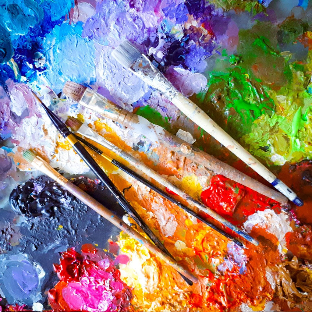 paint palette and paint brushes