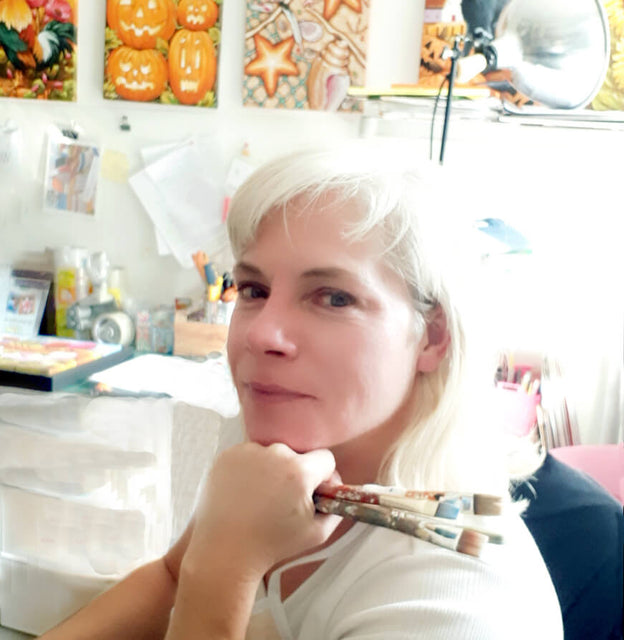 artist in art studio selfie photo Cathy Horvath Buchanan