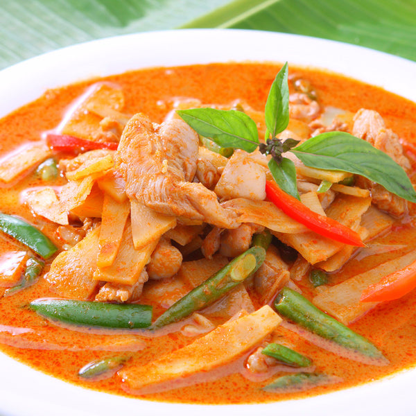 Thai chicken with pepper, onion and sweet sugar pea