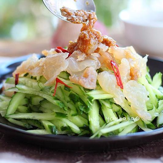 Spicy jellyfish and cucumber Salad - Restaurant PM