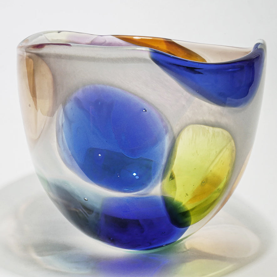Nougat Medium Bowl - SHAKSPEARE GLASS