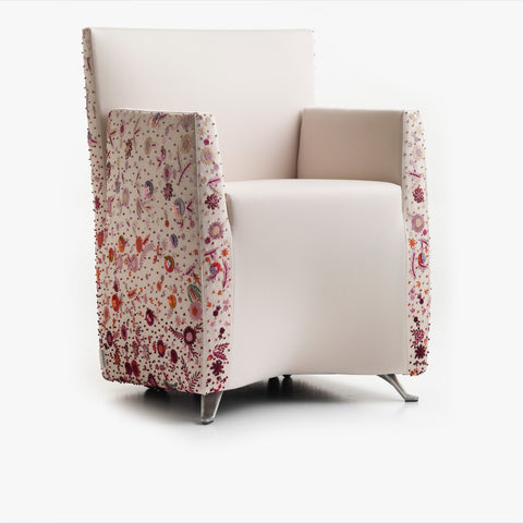 Aura Armchair, White embroidery