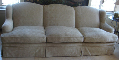 Curved Traditional Sofa