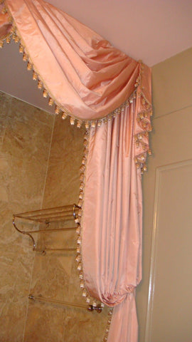 Swags & Tails - Luxury Shower Ideas