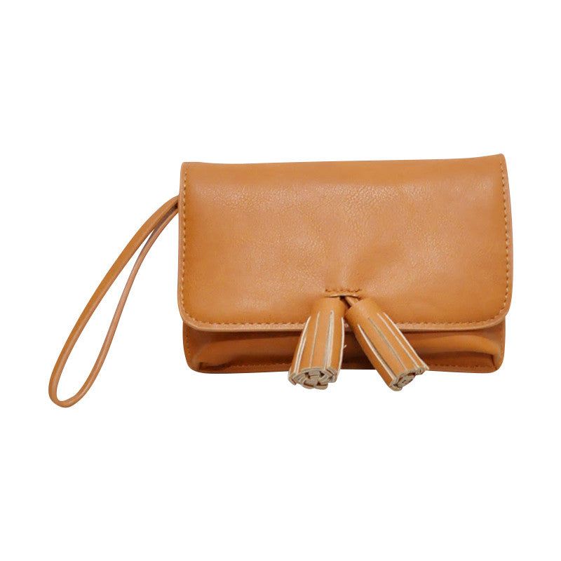 Giselle Tassel Purse: Tan