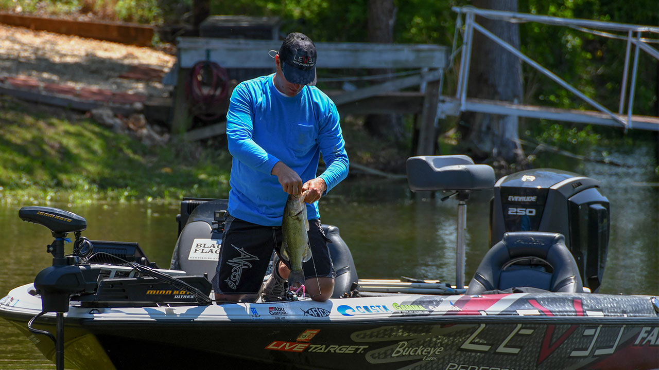 Post Spawn Bass Fishing Patterns with Anthony Gagliardi – AFTCO