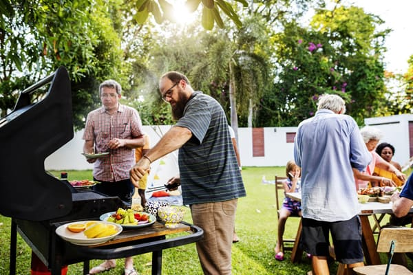 10 Best Outdoor BBQ Ideas - Summer Party Tips