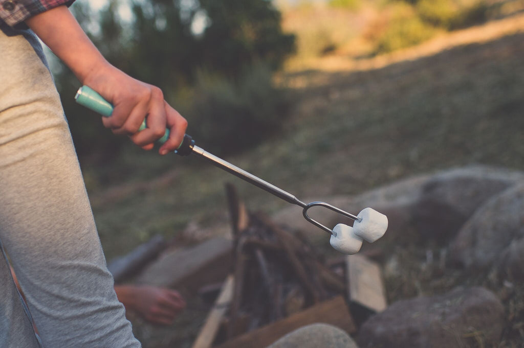 Roast'Em! Premium Extendable Marshmallow Roasting Sticks