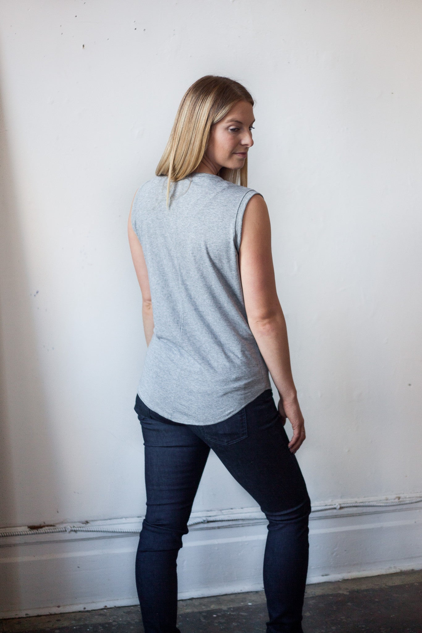 GREY DEL MUSCLE TANK - Fallow Ltd.