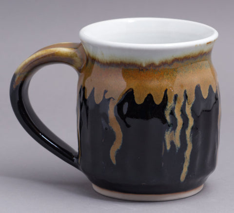 Large 17 oz. Black/Gold Mug