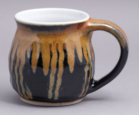 12 oz. Black/Gold Mug