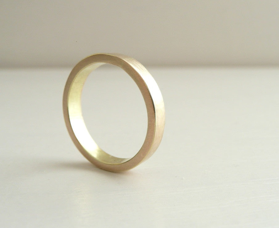 Minimalist 14K solid Gold Wedding Band 3mm x 1.5 mm