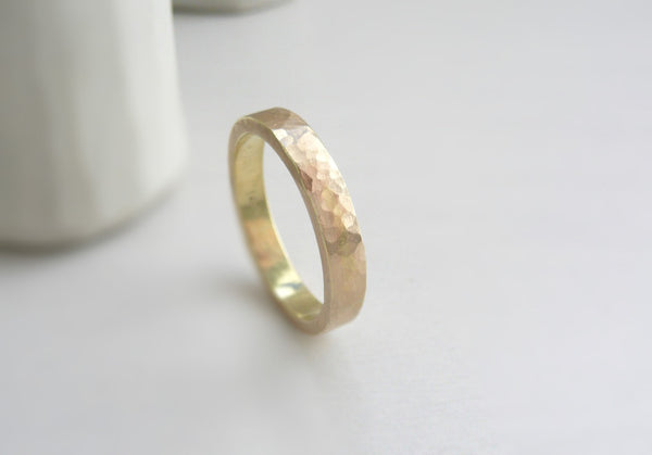 hammered wedding band 14 k yellow gold