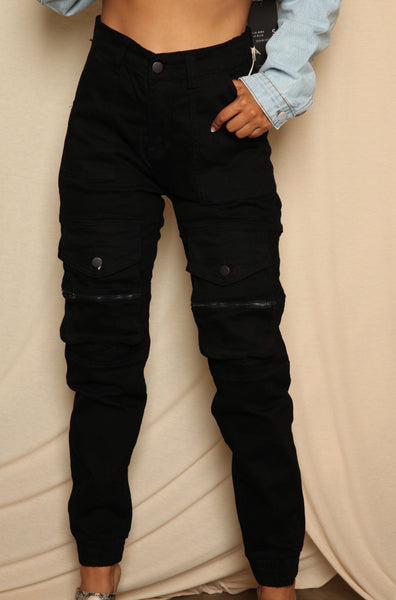 Cargo Zipped Pocketed Jogger Pants Black