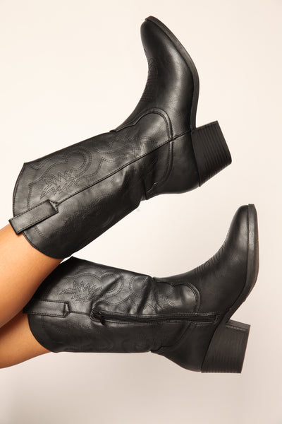 Made For Walking Western Boots Black