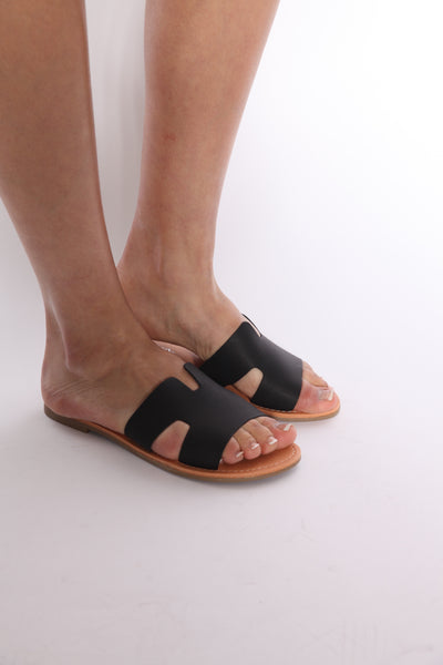 Herm Slide Sandals Black