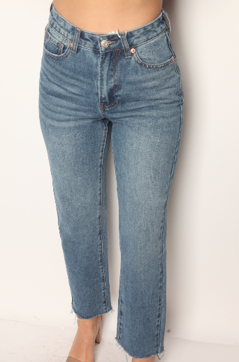 Medium Wash Vintage Boyfriend Jeans