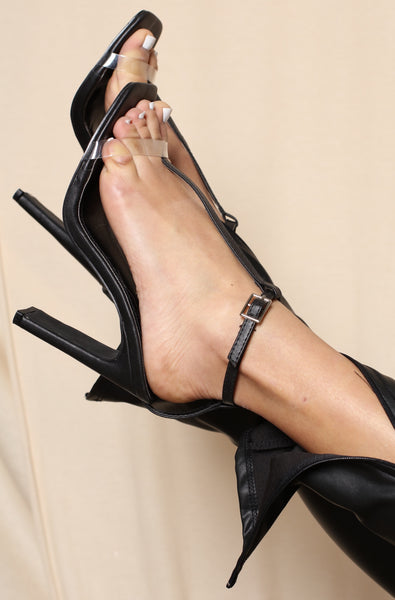 Lined Up Clear Chunk Heels Black