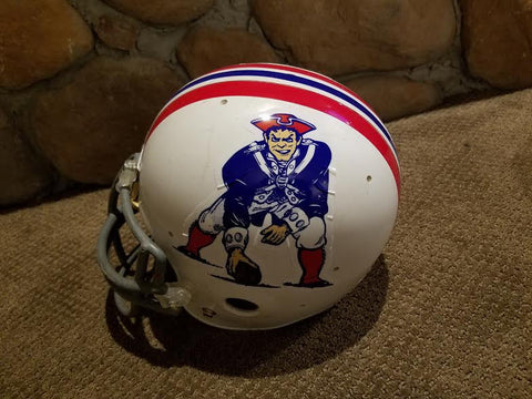 Vintage NEW ENGLAND PATRIOTS RIDDELL FULL SIZE FOOTBALL HELMET
