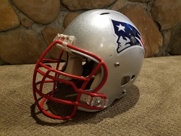 NEW ENGLAND PATRIOTS RIDDELL REVO FULL SIZE FOOTBALL HELMET