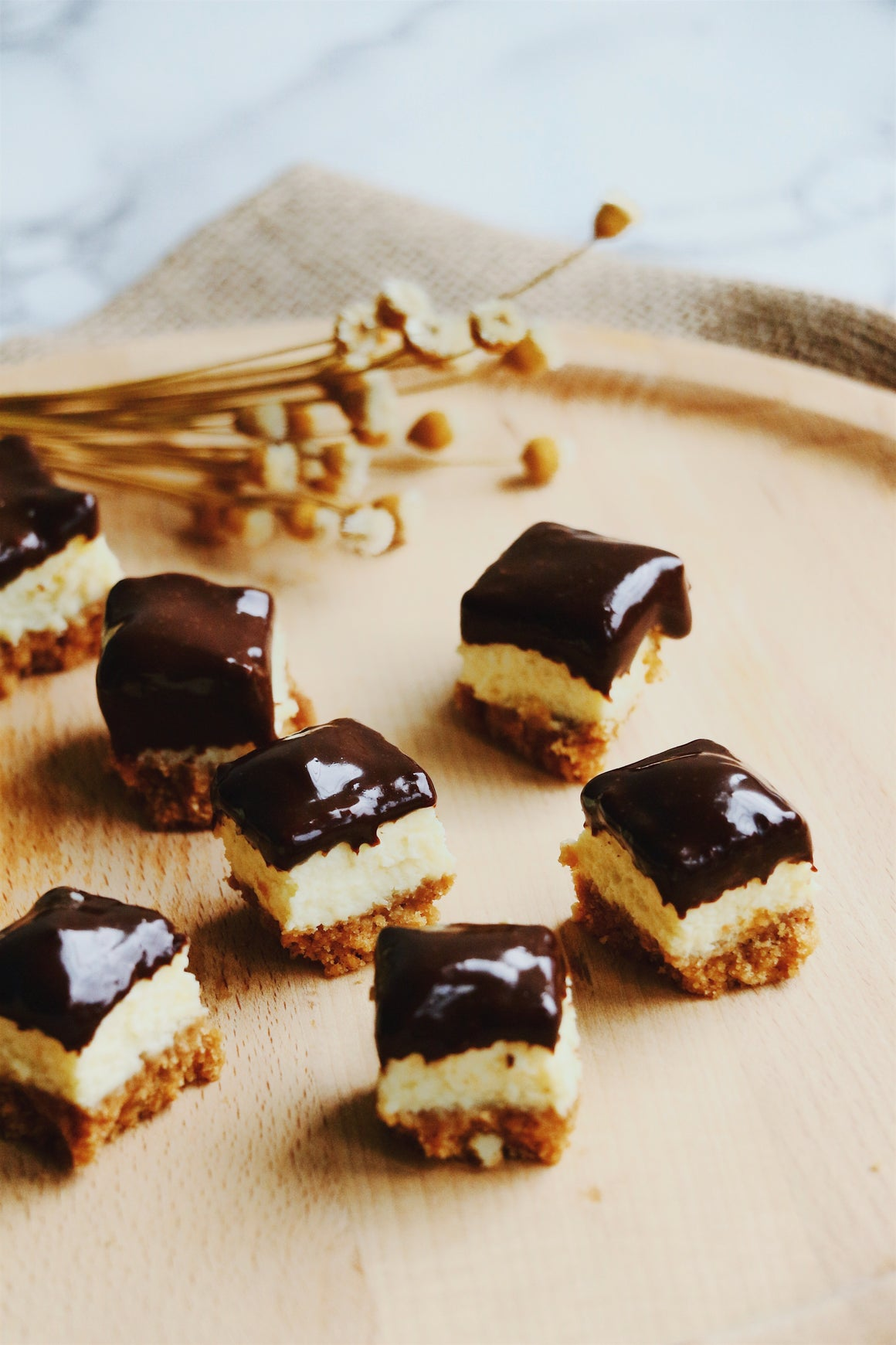 Cheesecake Bites With Dark Chocolate Ganache