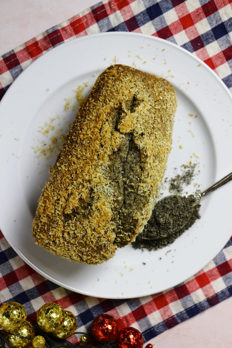 Seeing Sesame | Black Sesame Coconut Loaf Cakes (makes 2x loaves)